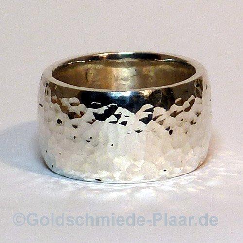 Ring Silber breit mit Hammerschlag
