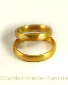 Trauringe aus Gold matt 4 mm