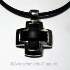Kreuz mit Kautschuk