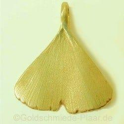 Ginkgo-Blatt als Anhänger aus dem Shop der Goldschmiede Plaar