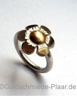 Silber-Ring Blume mit Gold