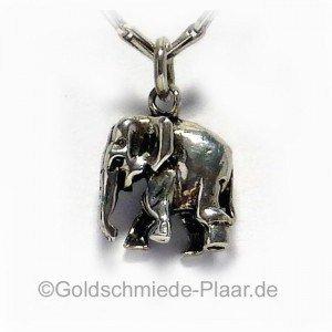 Elefant aus Silber als Anhänge
