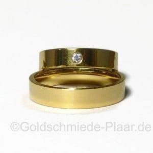 Trauringe Gold flach liegend