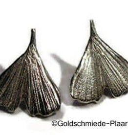 Ginkgo-Blatt als Ohrstecker aus Silber