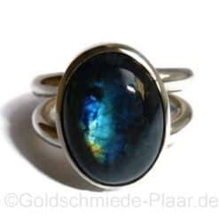 Ring aus Silber mit Spektrolith
